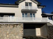 металлическое ограждение Жалюзи -  D1 82 D0 B5 D1 80 D0 B0 D1 81 D0 B0 1 224x168 - Использование металлических ограждений для балконов и терас