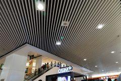 подвесной потолок в трц - 6 240x160 - Подвесные потолки в торгово-развлекательном центре