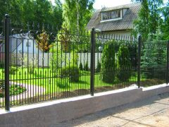как установить забор - 126 240x180 - Как установить забор