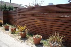 выбор материала для забора - modern wooden fence 240x160 - Выбор материала для забора: плюсы и минусы