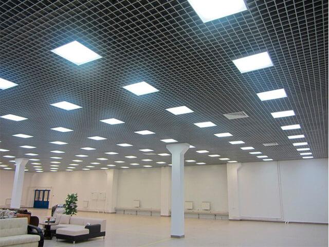 potolok-v-ofise-krasivye-foto потолок в офисе - 20 1 - 20 красивых решений отделки потолка для офиса