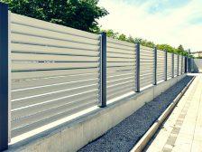забор жалюзи - 52 1 224x168 - Деревянные и металлические заборы-жалюзи: какие выбрать?