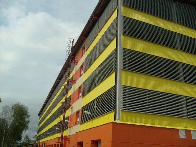 Fasad-parkinga