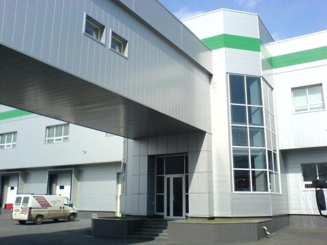 metalizeskiy-fasad