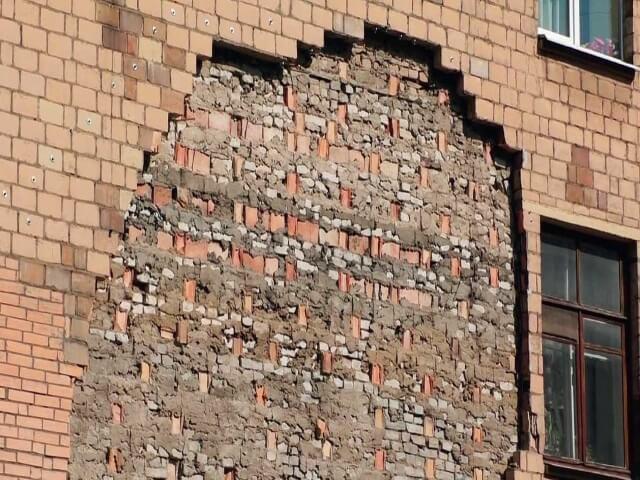 razrywenie-fasadov разрушение фасада - 5  D0 BF D1 80 D0 B8 D1 87 D0 B8 D0 BD 7 - 5 причин разрушения фасада: почему это происходит и как с этим бороться