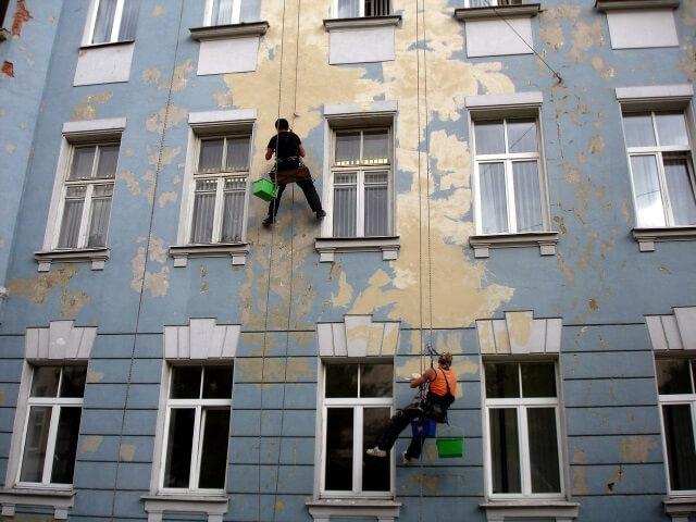 razrywenie-fasadov разрушение фасада - 5  D0 BF D1 80 D0 B8 D1 87 D0 B8 D0 BD8 - 5 причин разрушения фасада: почему это происходит и как с этим бороться