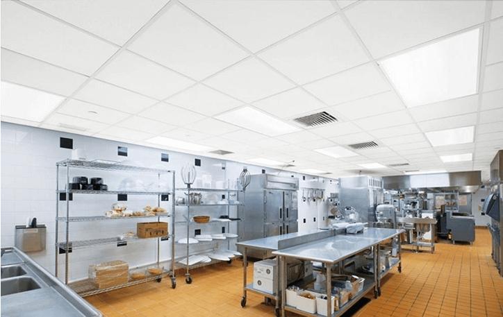potolki-v-kyhnyu-restorana-kafe Потолки для кухни ресторана и кафе - Screenshot 12 - Стелі для кухні ресторану та кафе