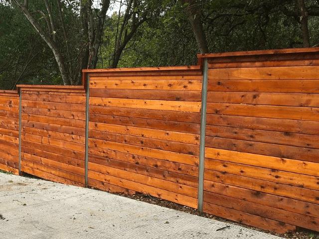Zabor-na-sklone забор -  D1 81 D0 BA D0 BB D0 BE D0 BD 3 1 - Забор на склоне: как укрепить участок с помощью ограждения