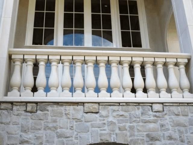 ogragdeniya-balkonov i teras
