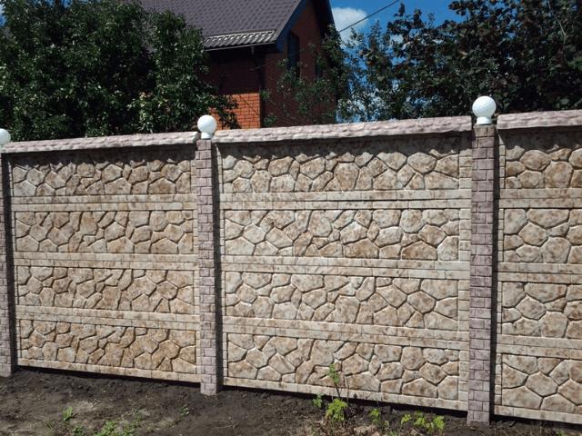 dekor-betonogo-zabora
